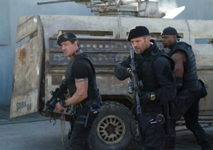 the-expendables-2-jason-statham-stallone11